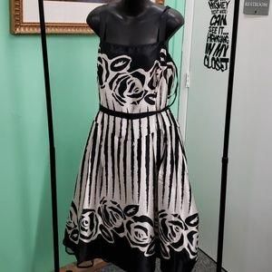 EUC Dress barn white black layered dress 18W